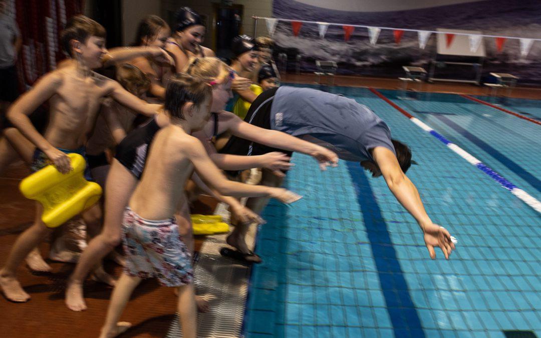 Schwimmen: Endlich – diesen SAMSTAG (10.10.) starten wir!